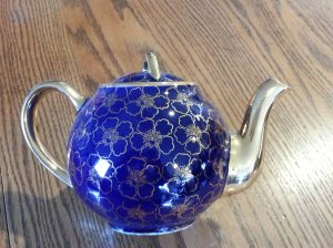 Mom's prettiest teapot.
