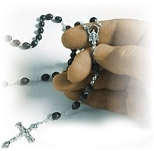 praying-rosary