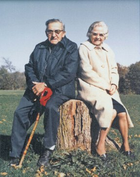 Mom-Dad on stump