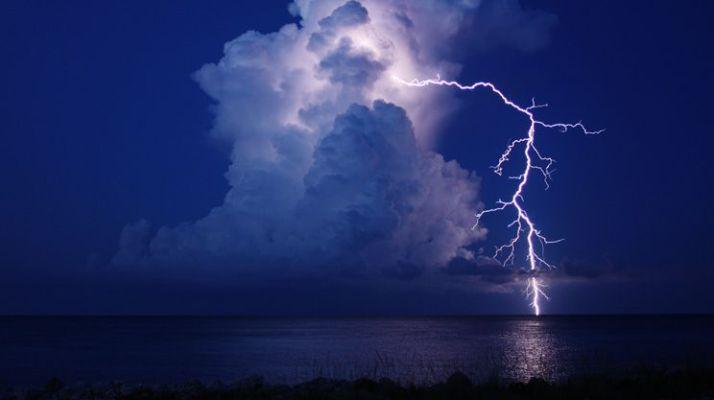 lightning 9