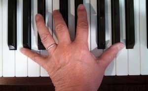 fingers stretching on piano 3