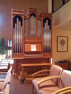 Oakwood Organ - full view