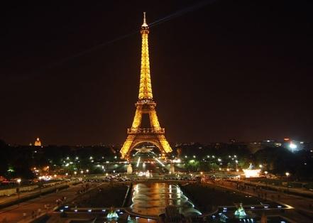 eiffel-tower - night
