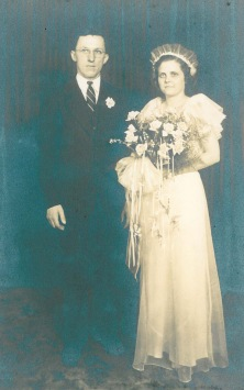 Mom-Dad Wedding Picture - cropped
